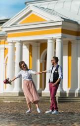 Счастливые Ольга и Алексей на монетном дворе Петропавлоской крепости