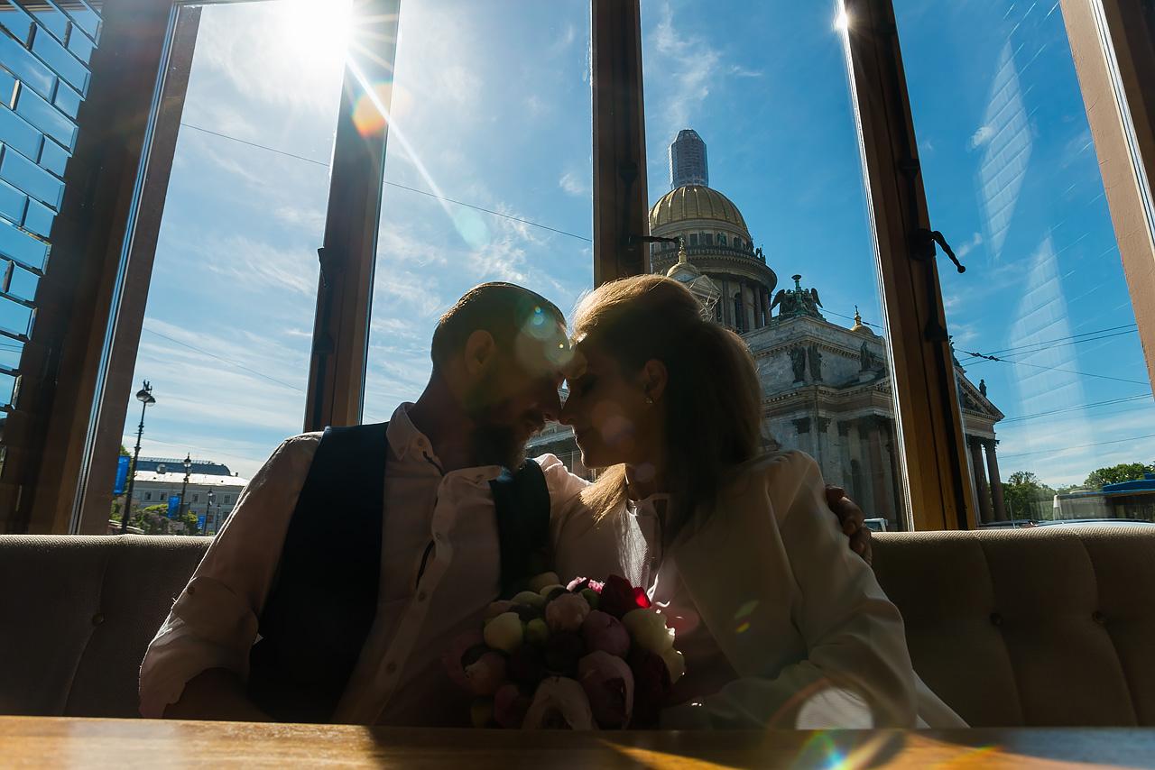Фотограф на свадьбу в СПб недорого