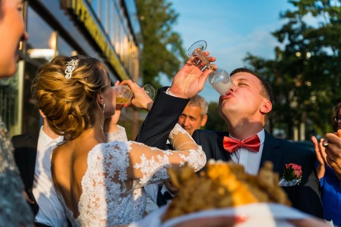 Свадебная фотография от Евгения Сомова свадебного фотографа из СПб - 355cd75d