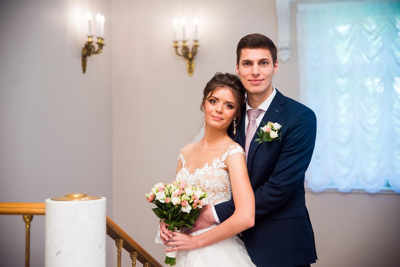 Жених и Невеста во Дворце бракосочетания №3 Пушкин