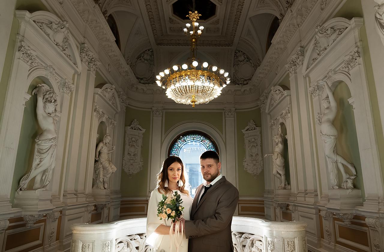 Во дворце бракосочетания №1 на Английской набережной